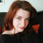 Lisa Lardon, Copywriter e Web content editor